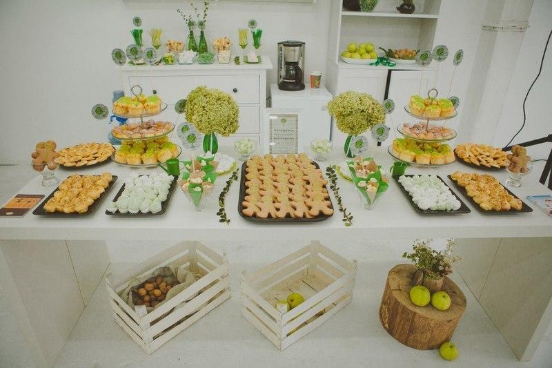 Candy Bar на открытии Family Tree