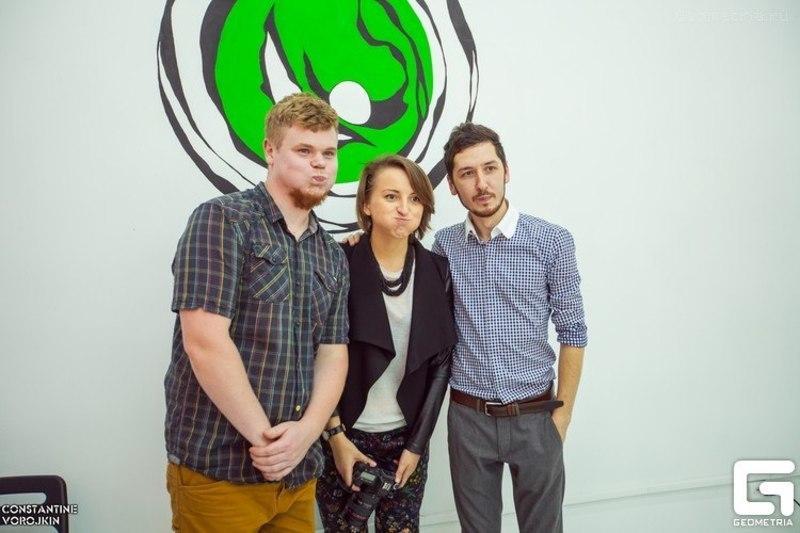 Андрей, Ксюша и Булат на открытии Family Tree