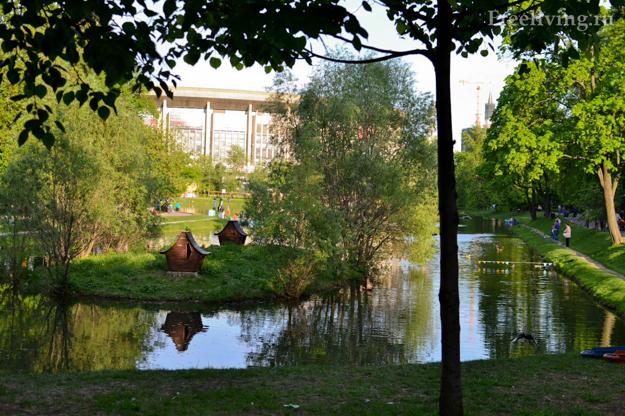 Пруд в Екатерининском парке, Москва